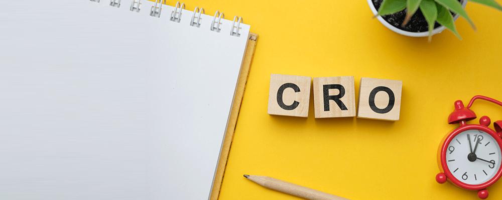 CRO(コンバージョンレートオプティマイゼーション、Conversion Rate Optimization)とは、Webサイト・ホームページに来訪したユーザのコンバージョン率(CVR)を高めることや改善施策を指す言葉です。